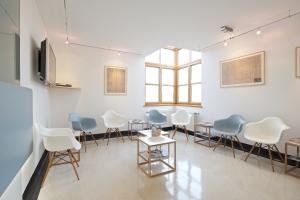 Gesundheitszentrum Laakirchen Wartezimmer